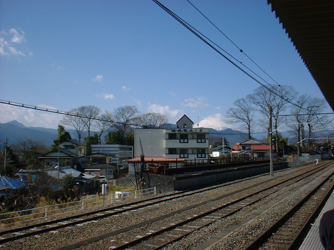 松田駅から見える富士山 これは松田駅から見えた富士山。松田駅はJRはJRでもJR東海なのでSu.